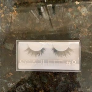 Huda beauty lashes ! Brand new in box!! #8